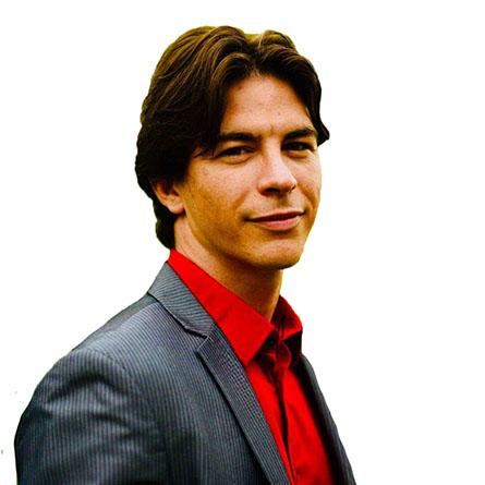 Alexander Leon